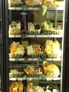 Wisconsin-Cheese-at-Plaza-Liquor-Mart